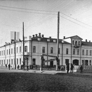 пер. Нахановича 3а, 5 (пр. Ленина 78). 1920-30-е годы.
