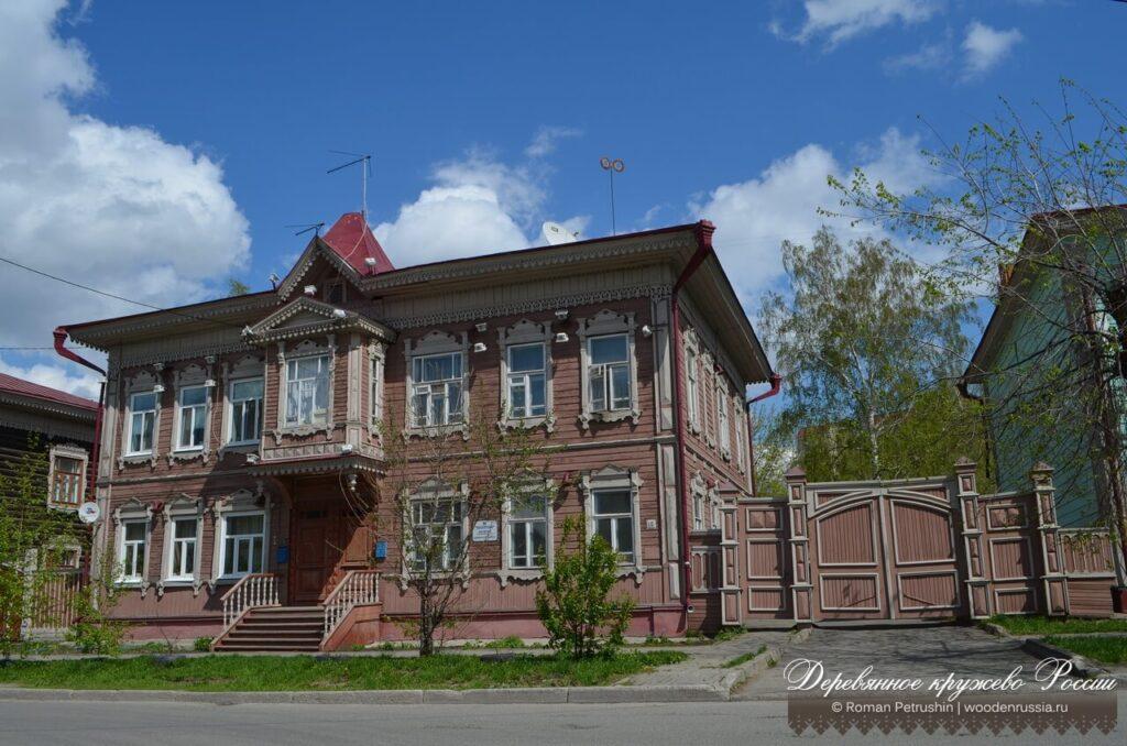 Дзержинского 18